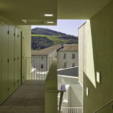 32 logements / TARARE [69]